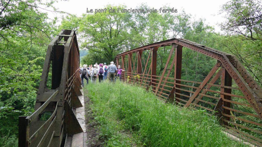 24 Le pont de l'ancienne voie ferrée